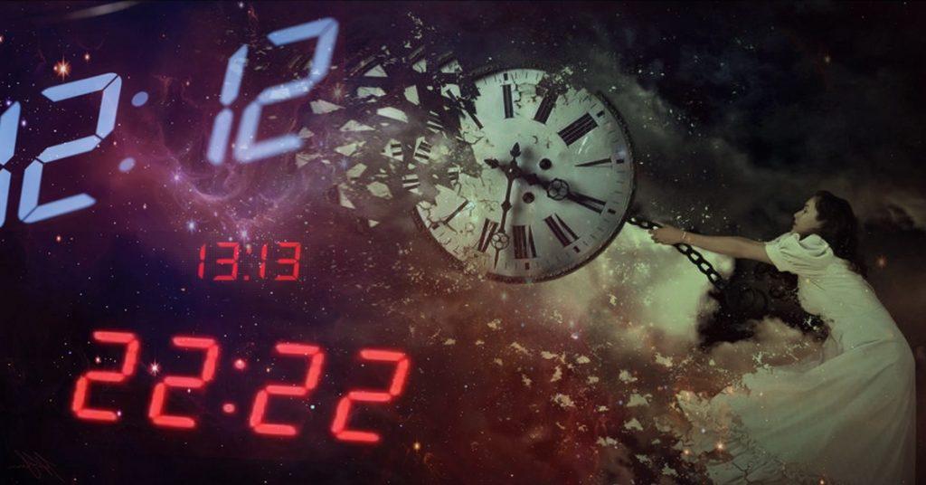 совпадения зеркальных чисел на часах
